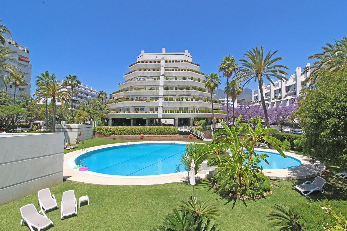 Квартира - Marbella