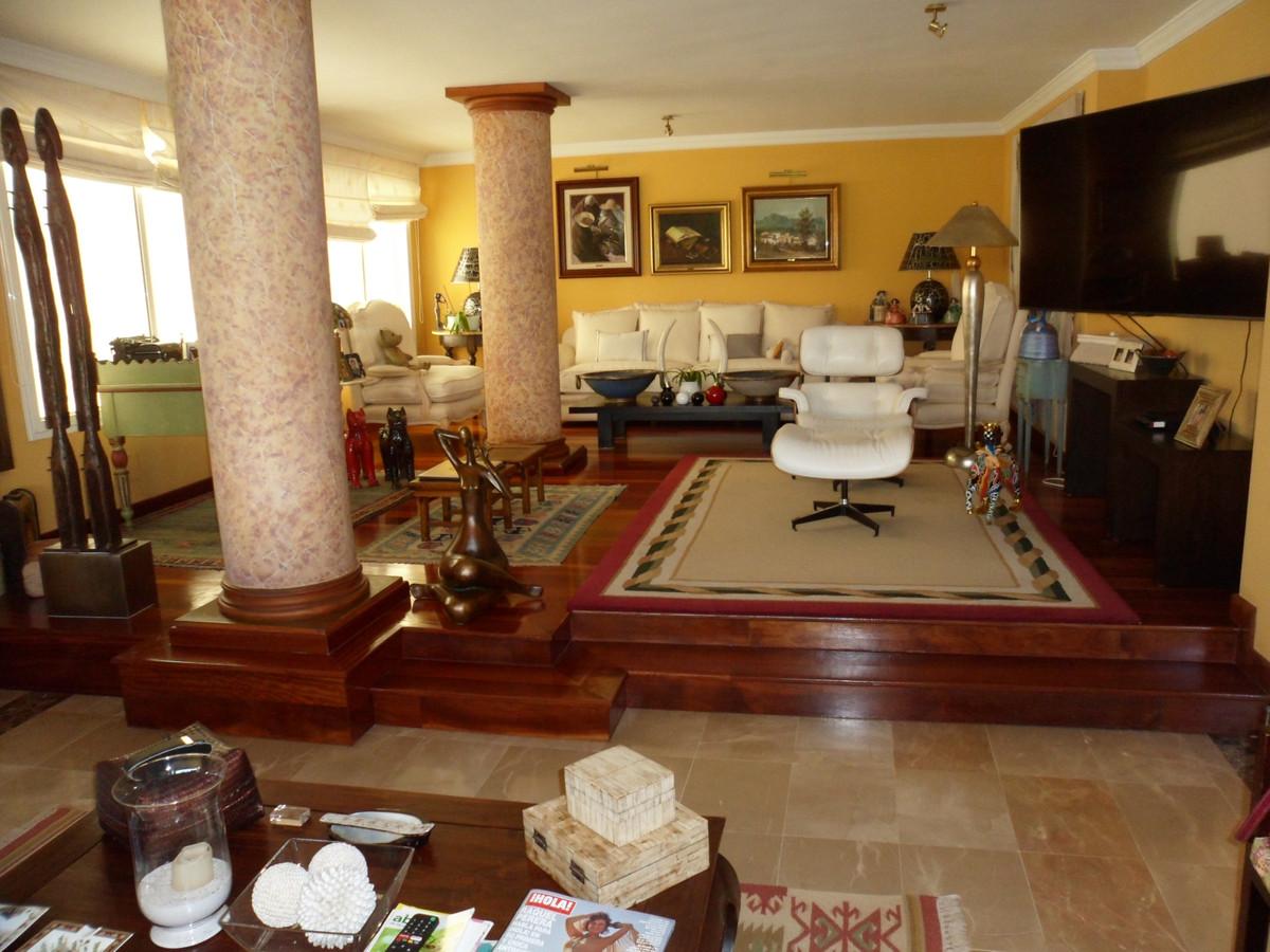 House in Alhaurín de la Torre R3737680 1