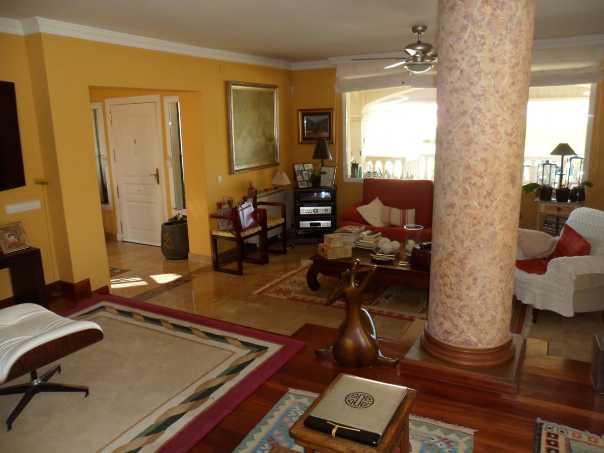 House in Alhaurín de la Torre R3737680 3