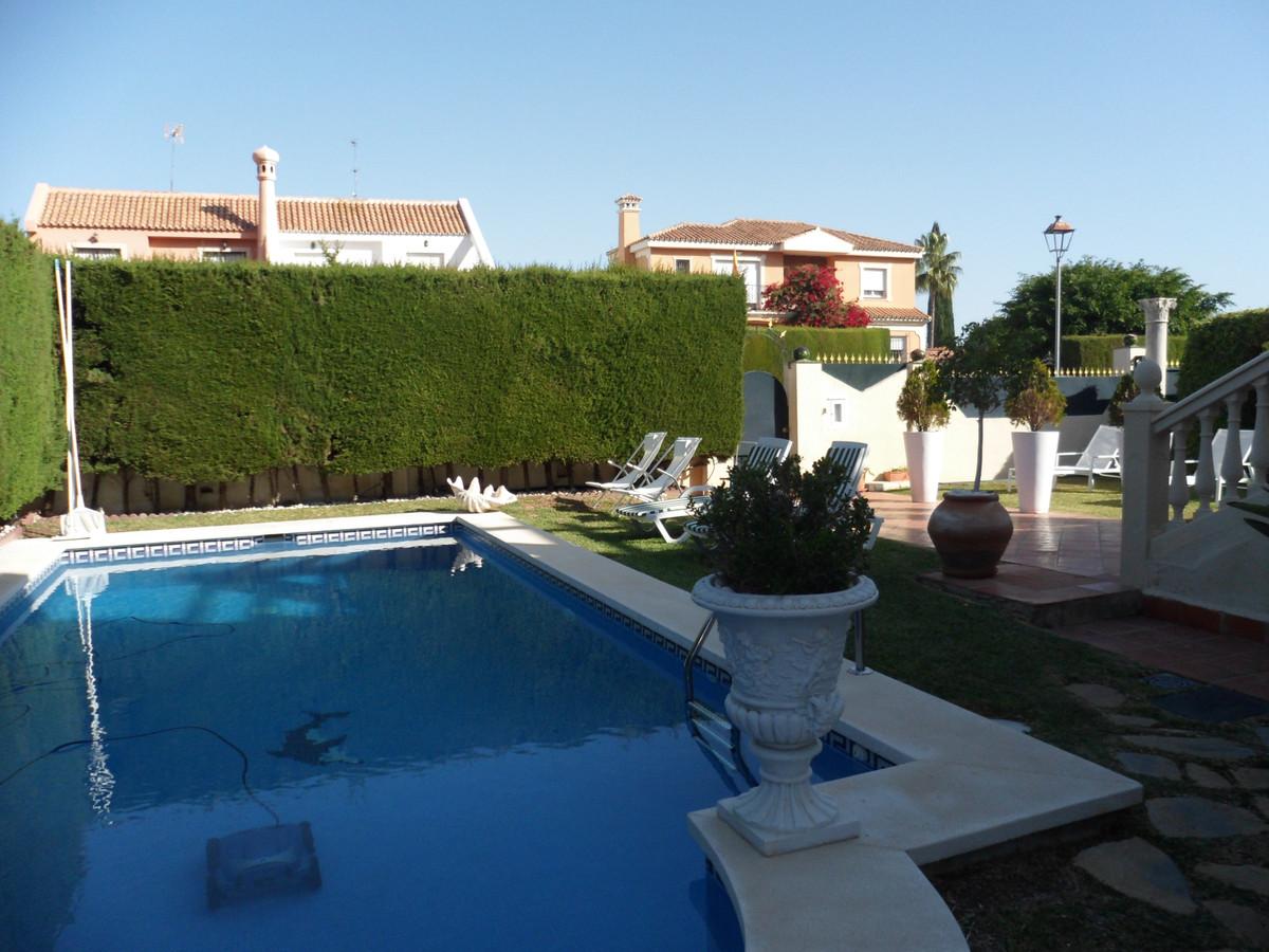 House in Alhaurín de la Torre R3737680 32