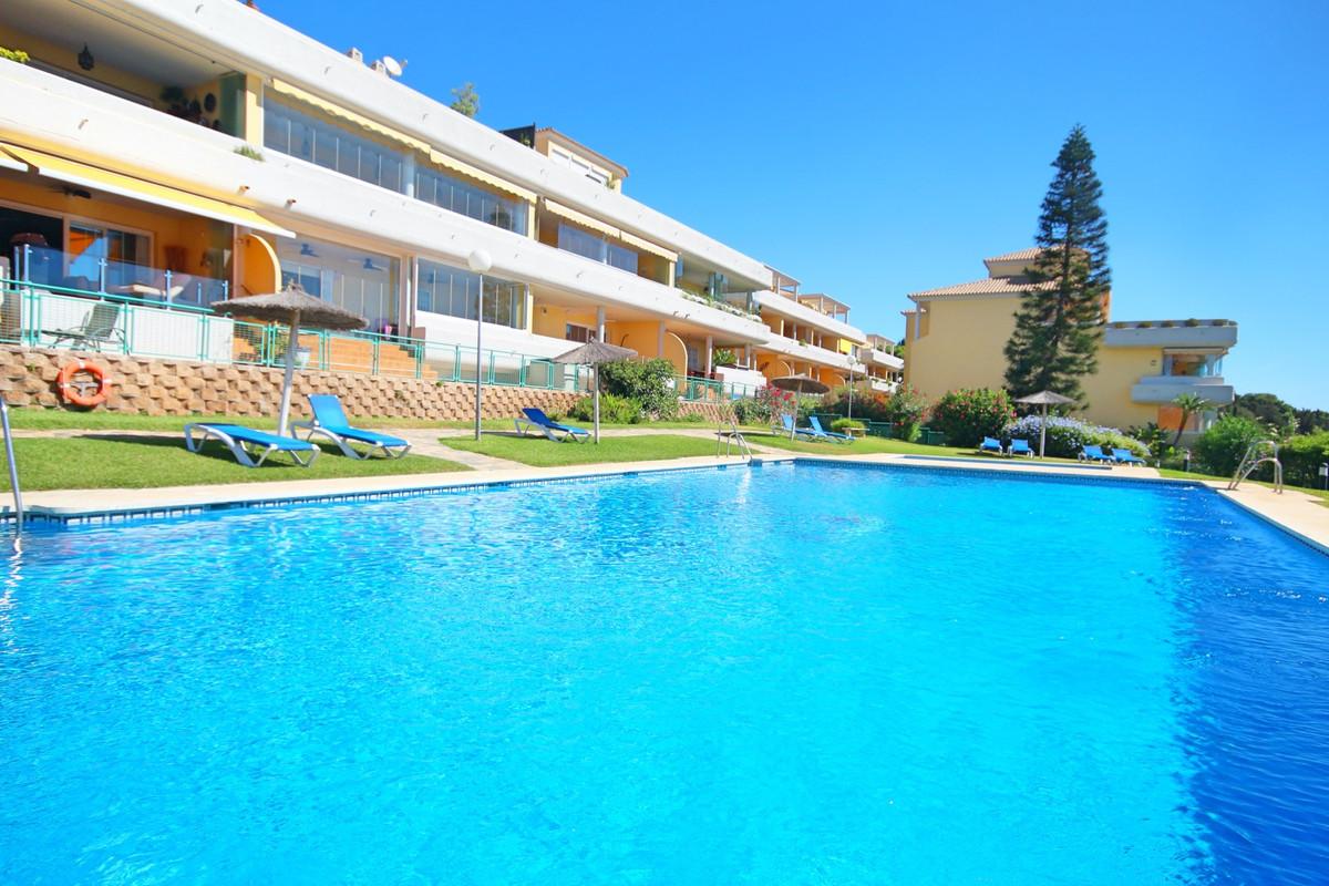 This larger than average, luxury, quiet, bright 2 bedroom, south facing ground floor garden apartmen,Spain