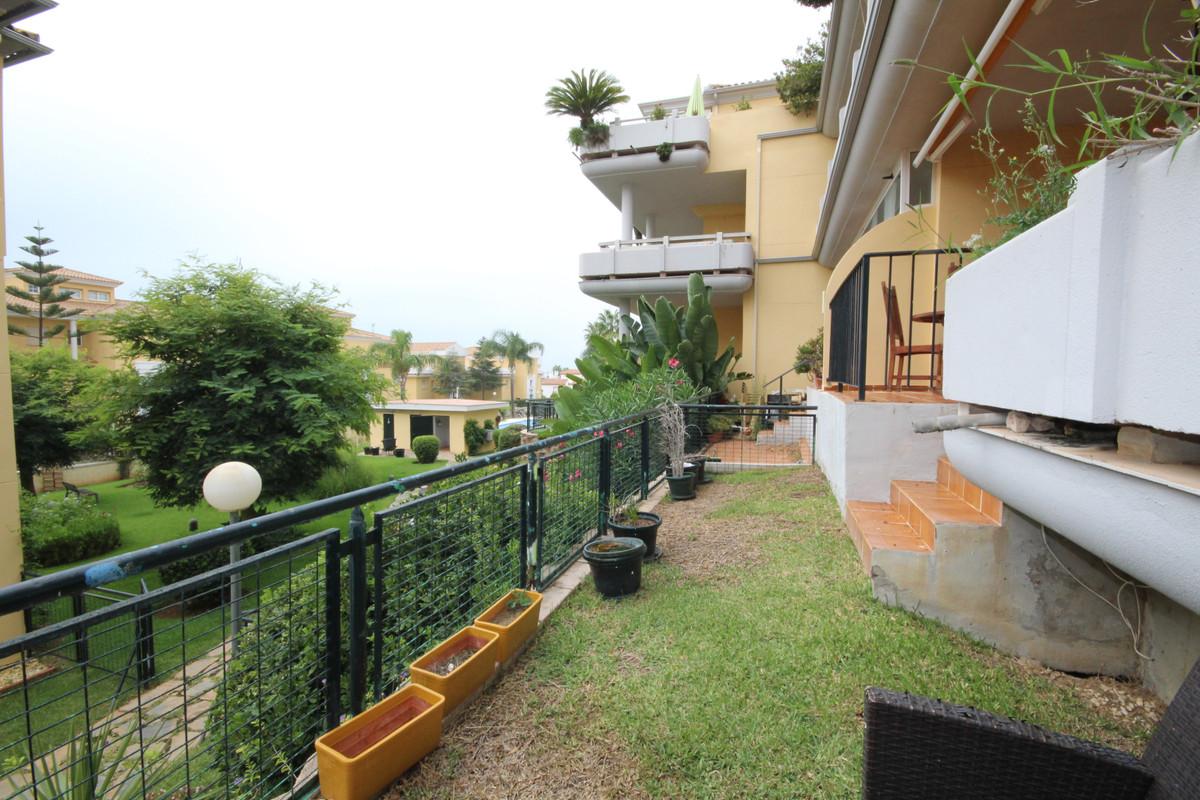 Apartamento con 2 Dormitorios en Venta Cabopino