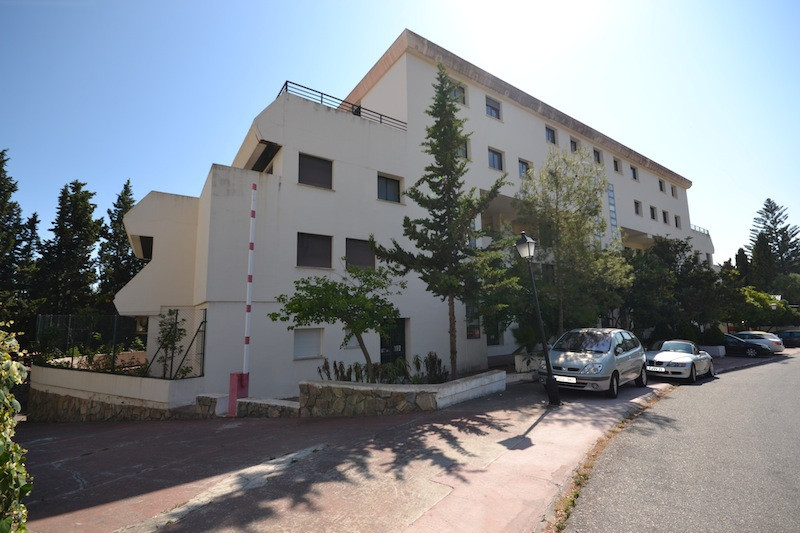 Apartment Complex for sale in Puerto Banús R2452754