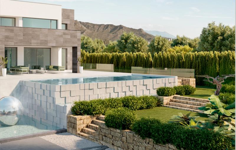 Detached Villa for sale in The Golden Mile R3077827