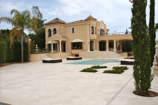 5 Bed Villa For Sale Marbella