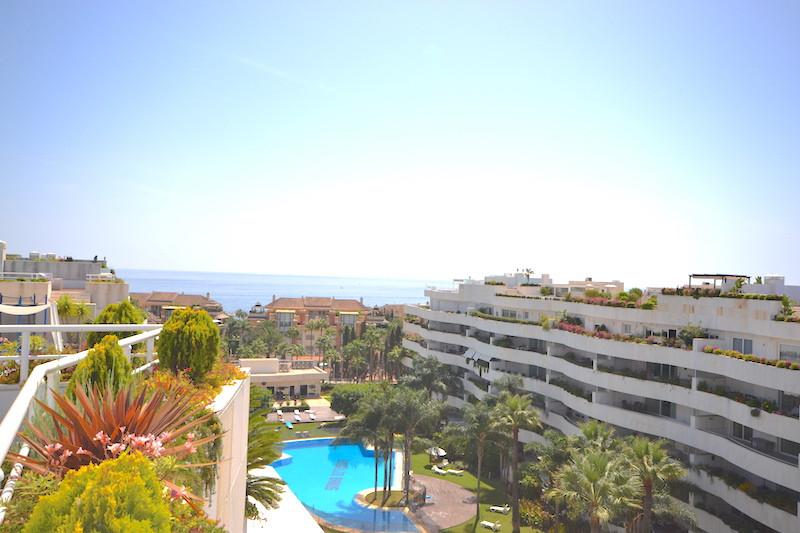Appartement  Penthouse en location  à Puerto Banús