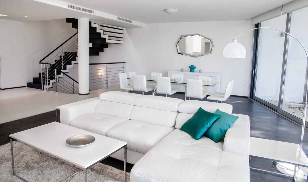Maison Jumelée  Mitoyenne en vente  et en location  à Sierra Blanca