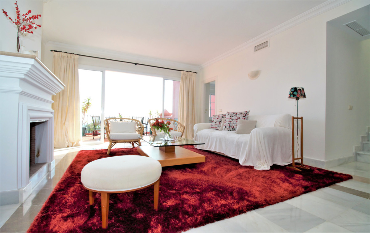 Top Floor Apartment, Benahavis, Costa del Sol. 3 Bedrooms, 3 Bathrooms, Built 193 m², Terrace 48 m².,Spain