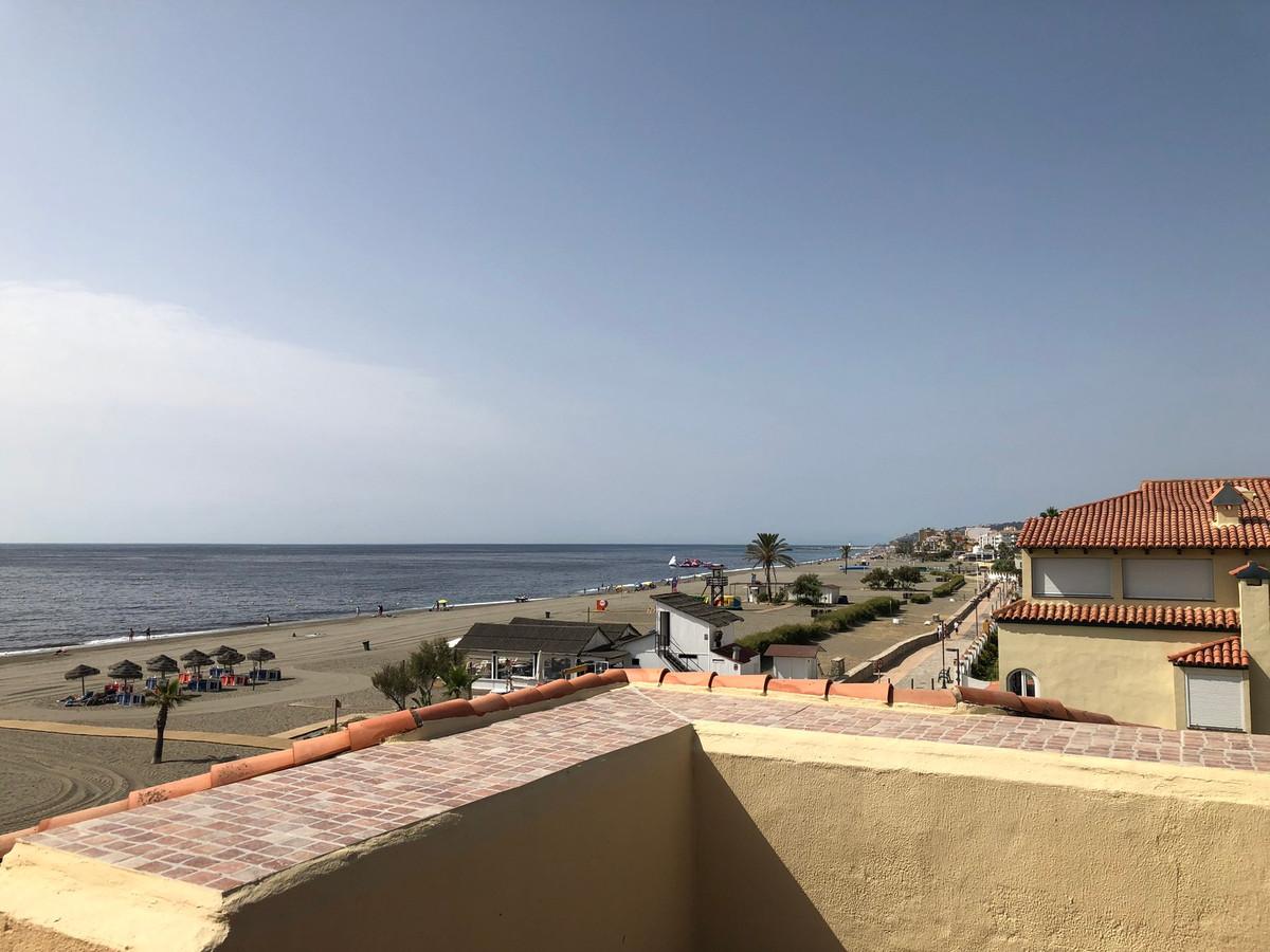 Semi-Detached House, Casares, Costa del Sol. 3 Bedrooms, 3 Bathrooms, Built 150 m², Terrace 80 m².  ,Spain