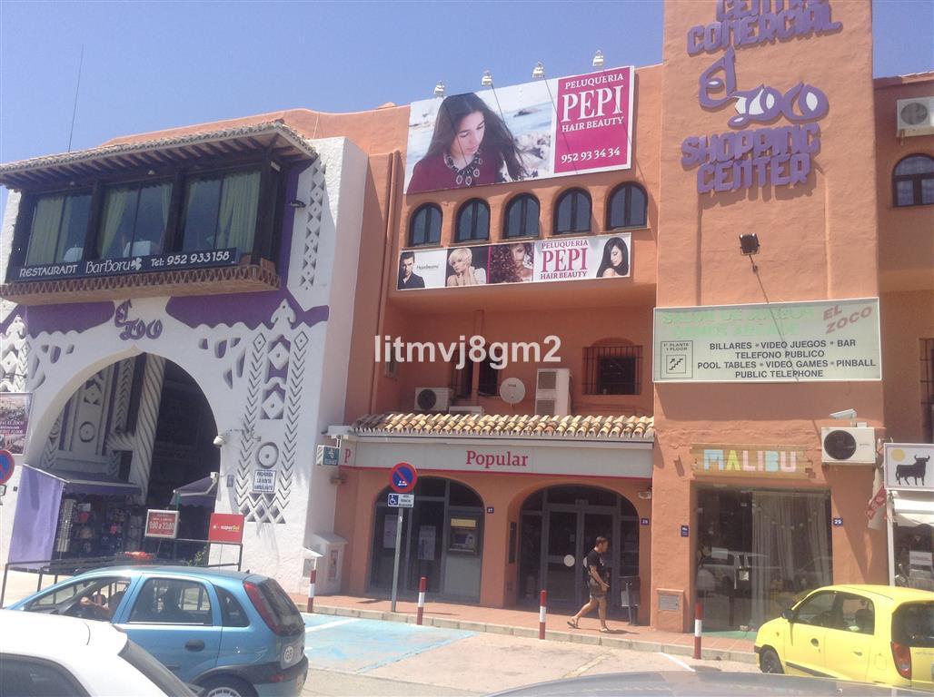Commerce, Bureau  en vente   et en location    à Calahonda