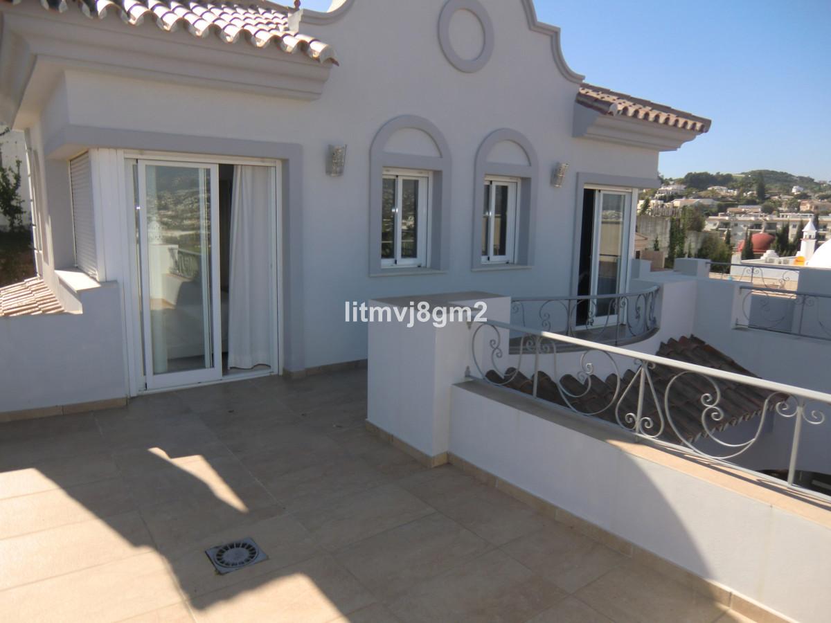 Villa  Individuelle en vente  et en location  à Mijas Costa