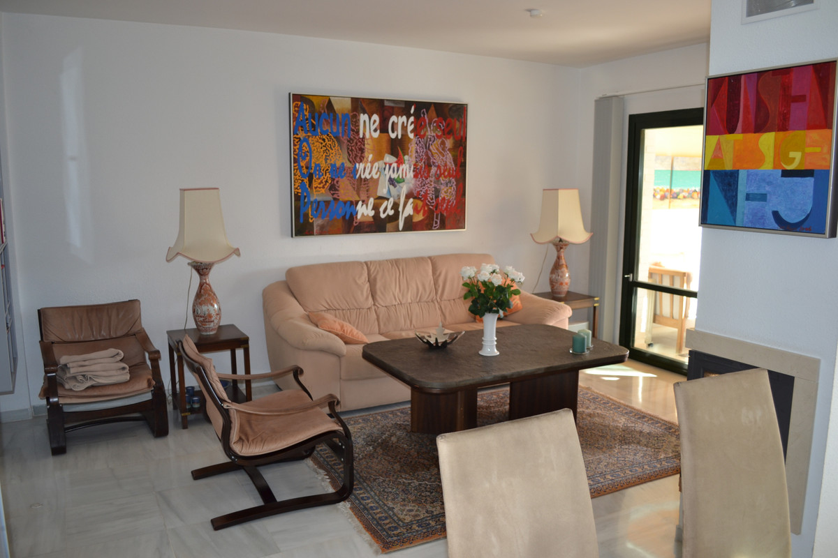 4 Bedroom Villa for sale Benalmadena Pueblo