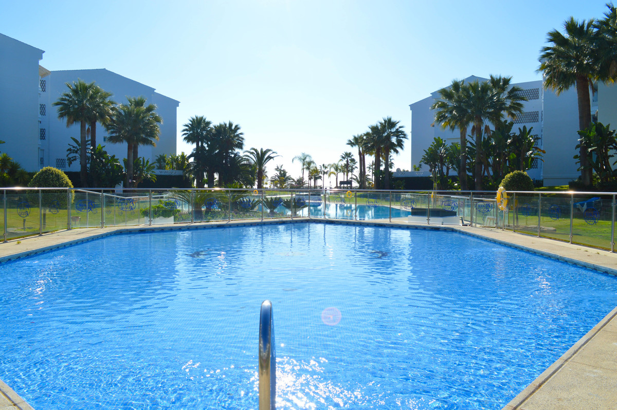 Incredible apartment located in a complex frontal to the beach in Puerto banus, Playa Rocio.   The c,Spain