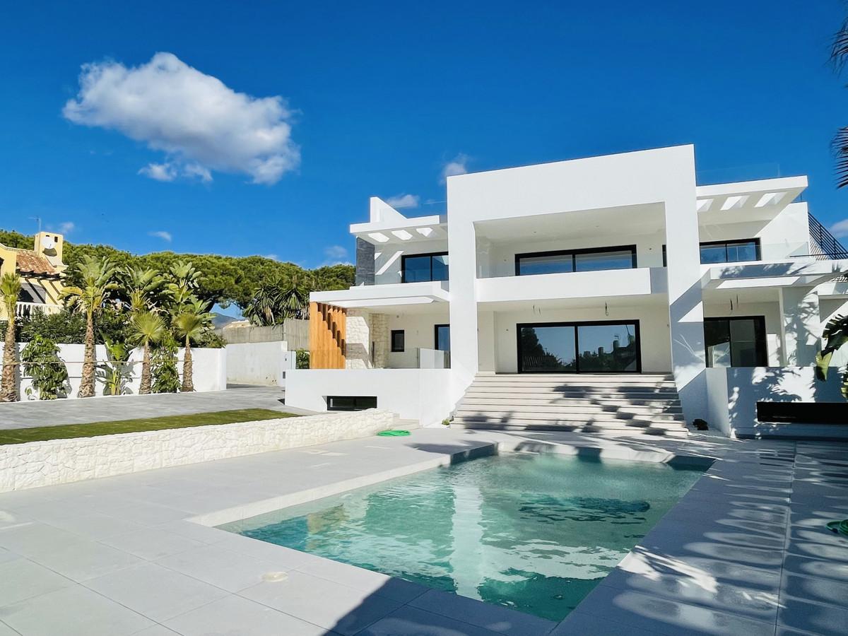 Villa Til salg i Marbella R3798940
