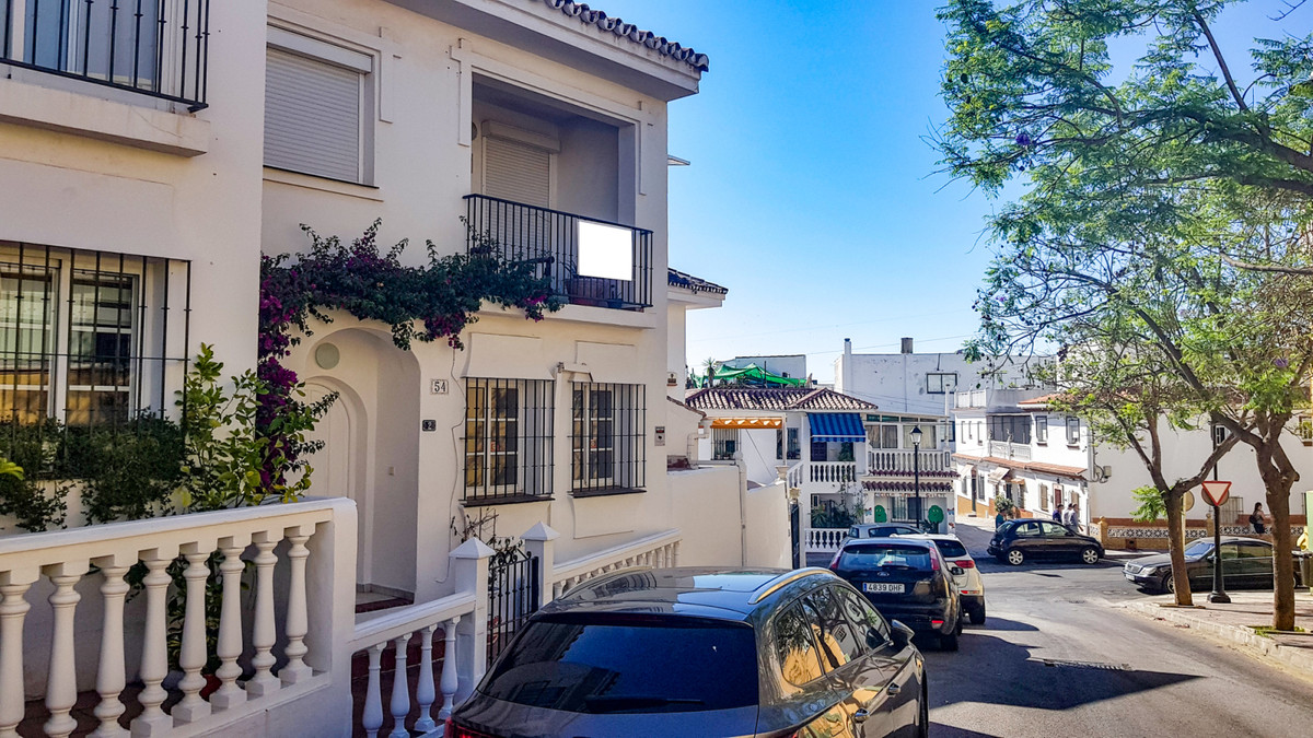 Rijhuis te koop in Fuengirola R3462445