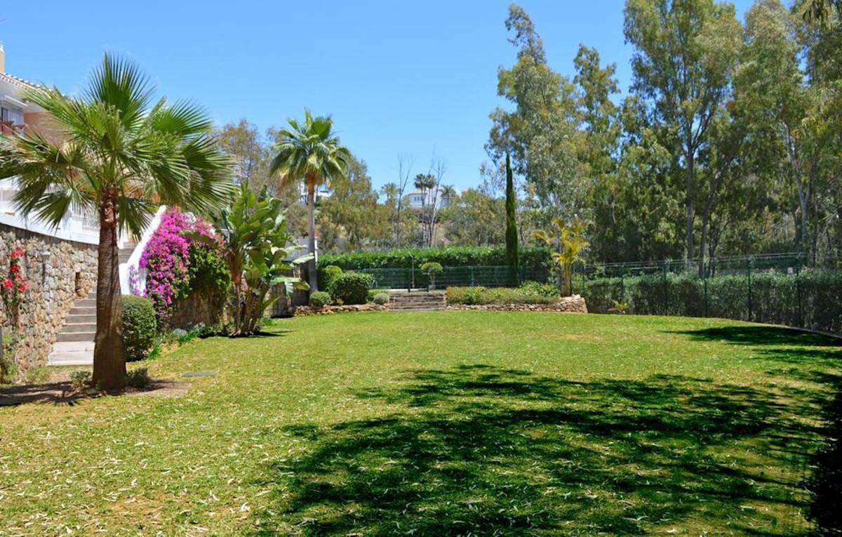 House in Nueva Andalucía R3506308 24