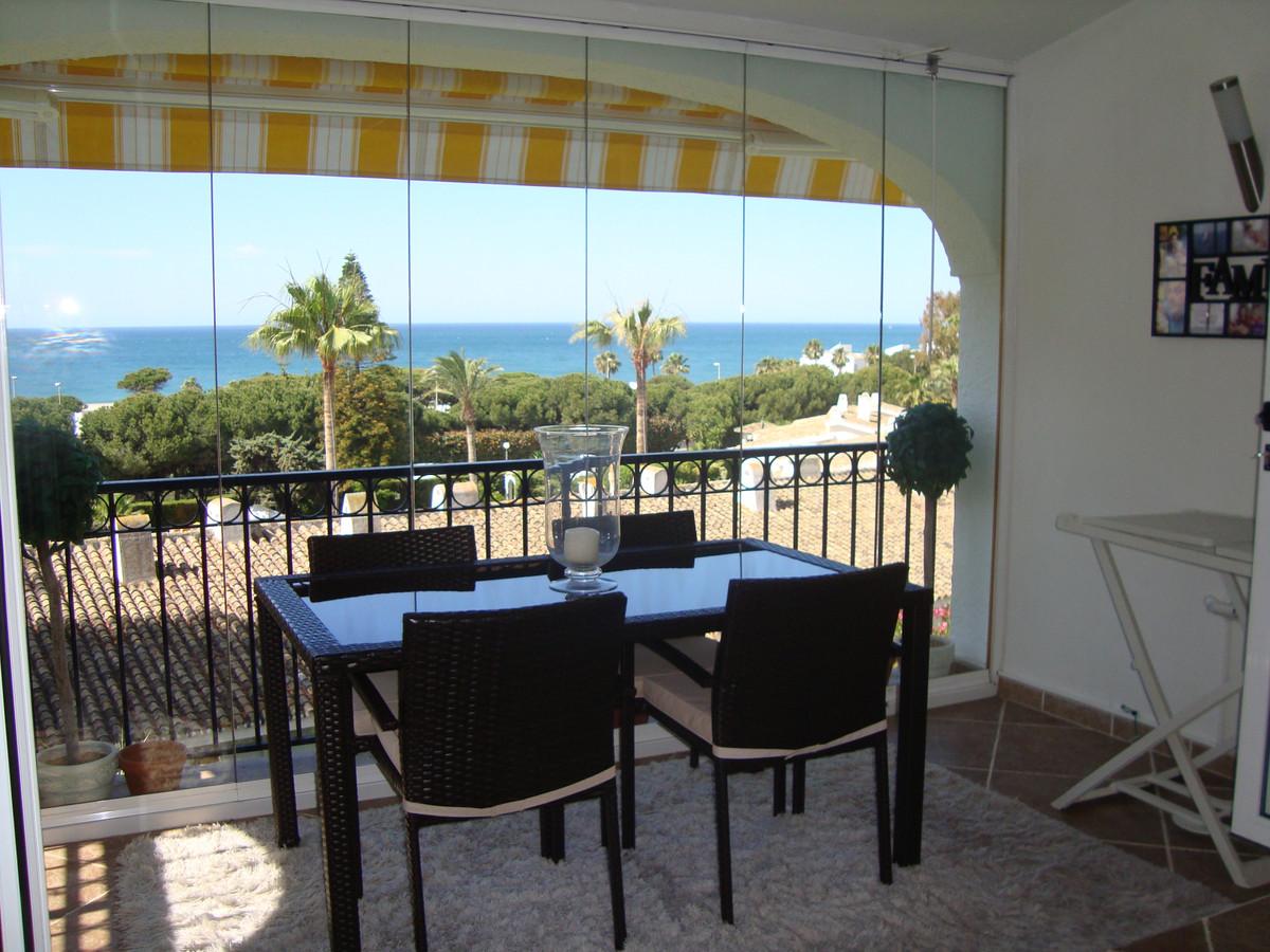 Stunning top floor 2 bedroom, 2 bathroom apartment in Miraflores, Riviera del Sol with amazing sea v,Spain