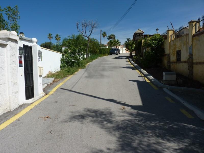 R2914034: Plot for sale in Estepona