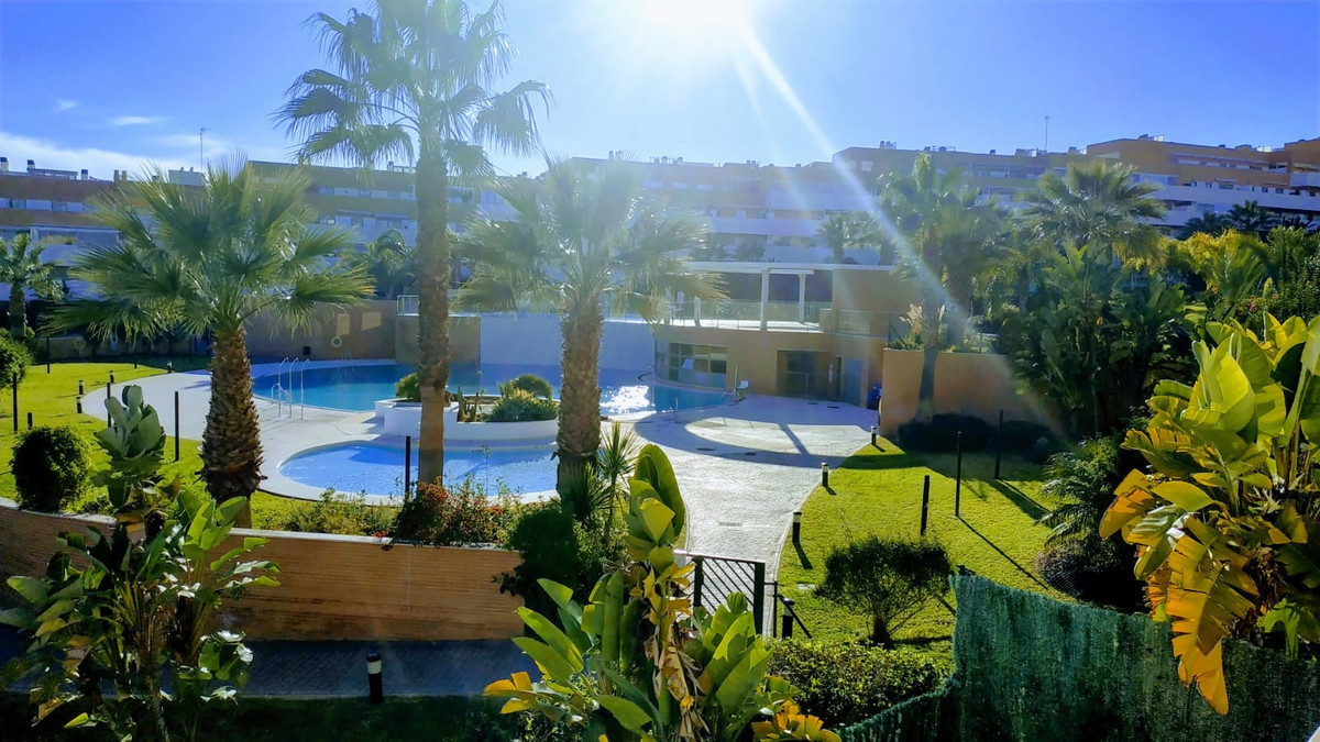 Middle Floor Apartment, Torremolinos, Costa del Sol. 3 Bedrooms, 2 Bathrooms, Built 133 m², Terrace ,Spain