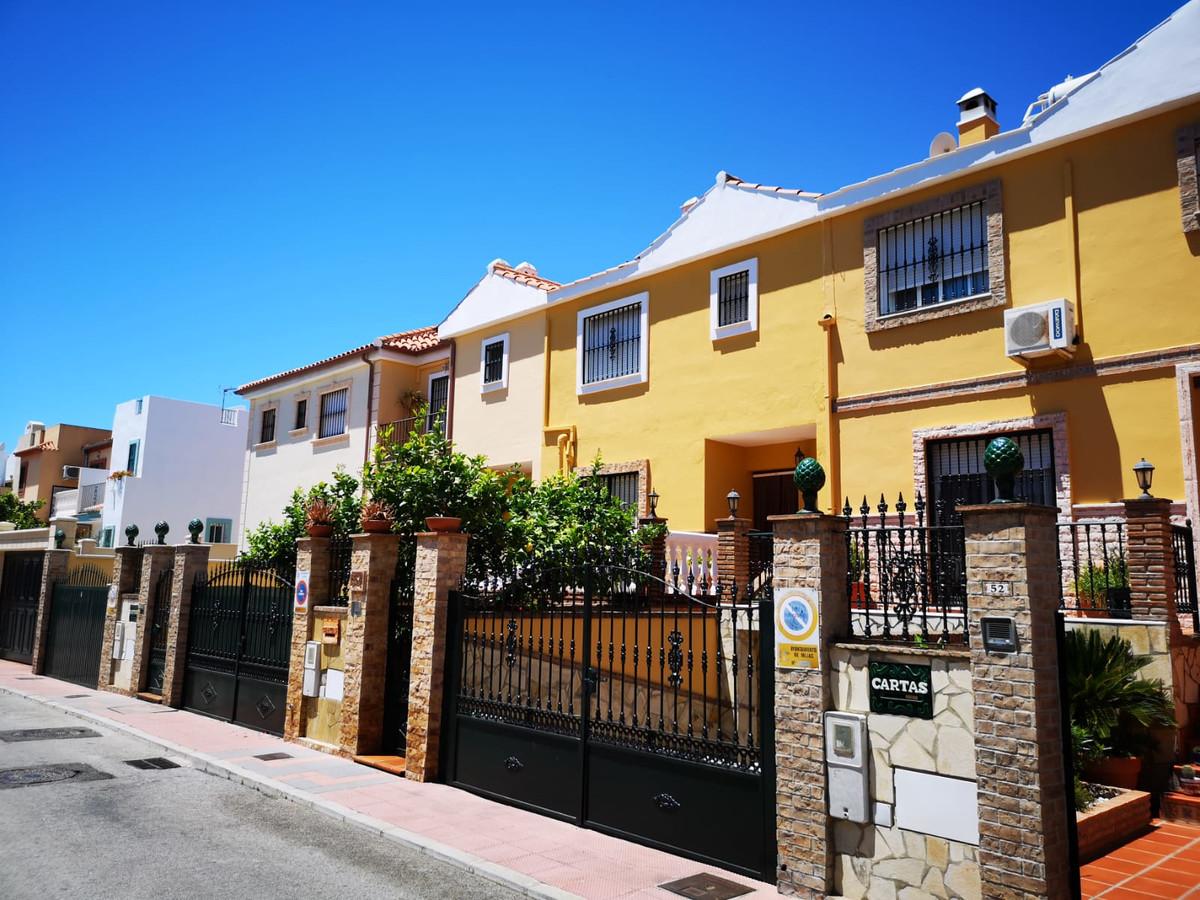 Villa  Semi Individuelle en vente   à Mijas