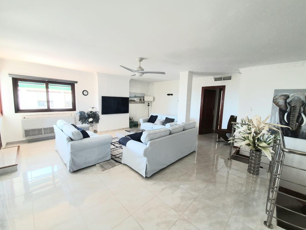 Apartamento  Ático en venta   en La Duquesa