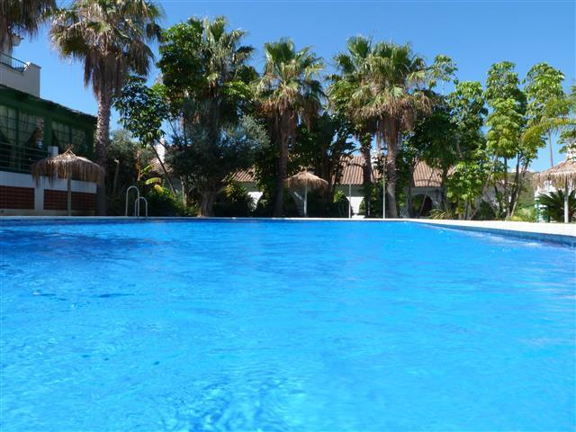 Ground Floor Apartment, La Duquesa, Costa del Sol. 2 Bedrooms, 2 Bathrooms, Built 80 m�, Terrace 33 ,Spain