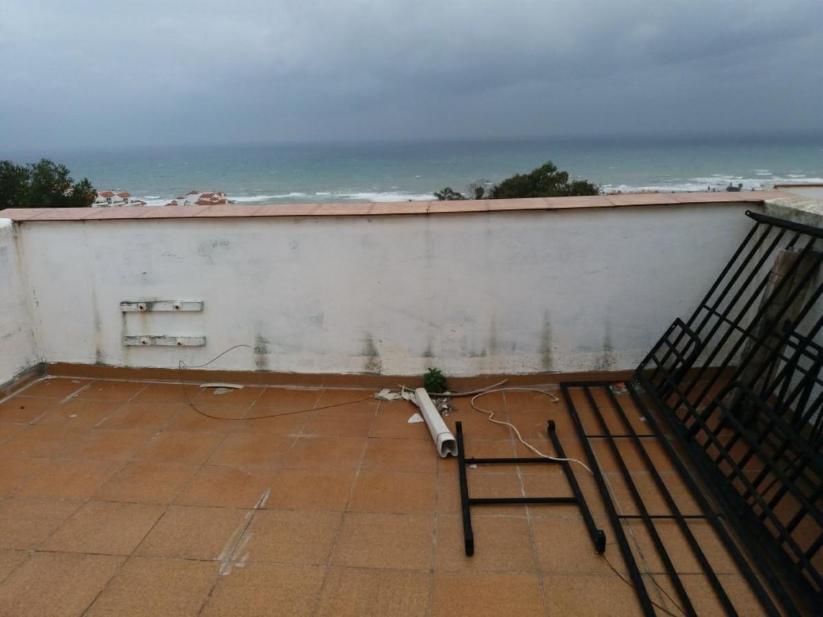 Villa Pareada 2 Dormitorio(s) en Venta La Duquesa