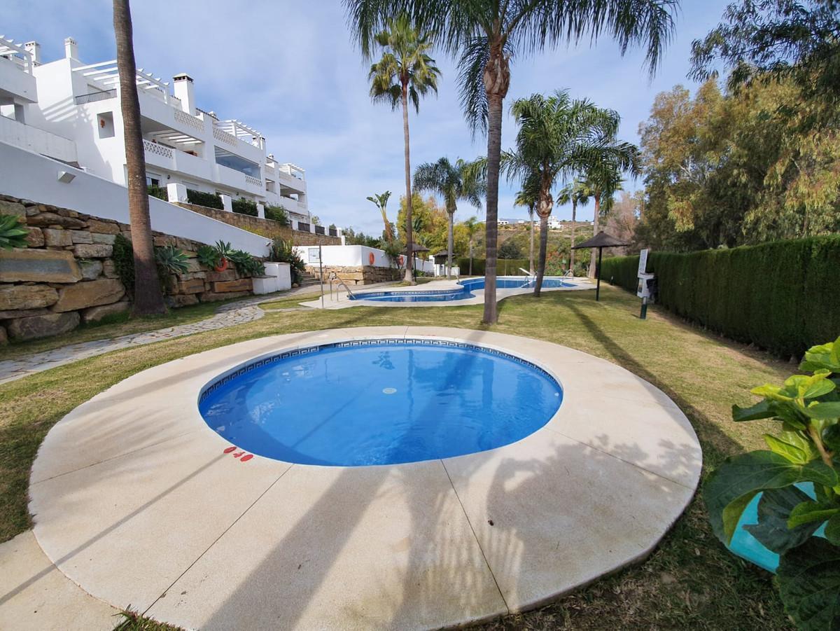 Maison Jumelée, Mitoyenne  en vente   et en location    à Casares Playa
