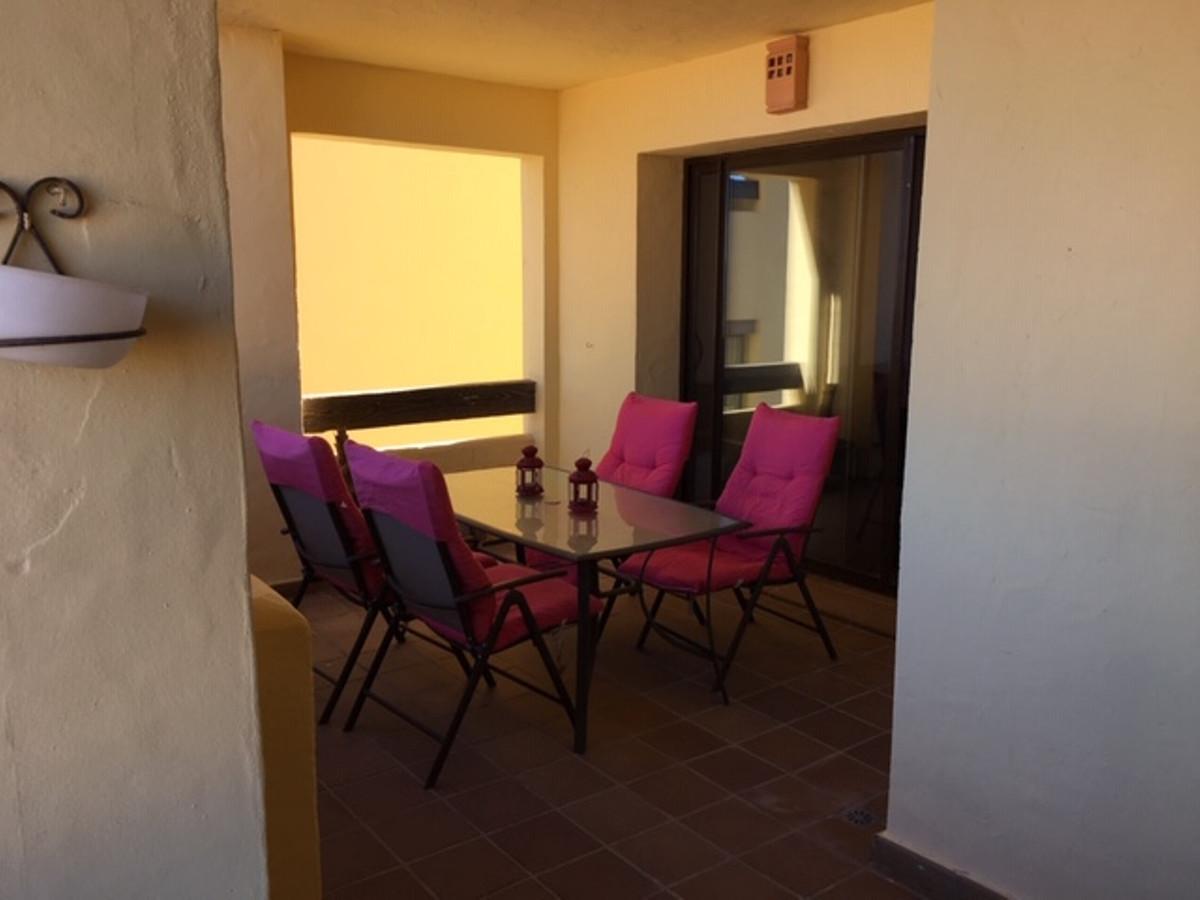 Apartamento con 2 Dormitorios en Venta La Duquesa