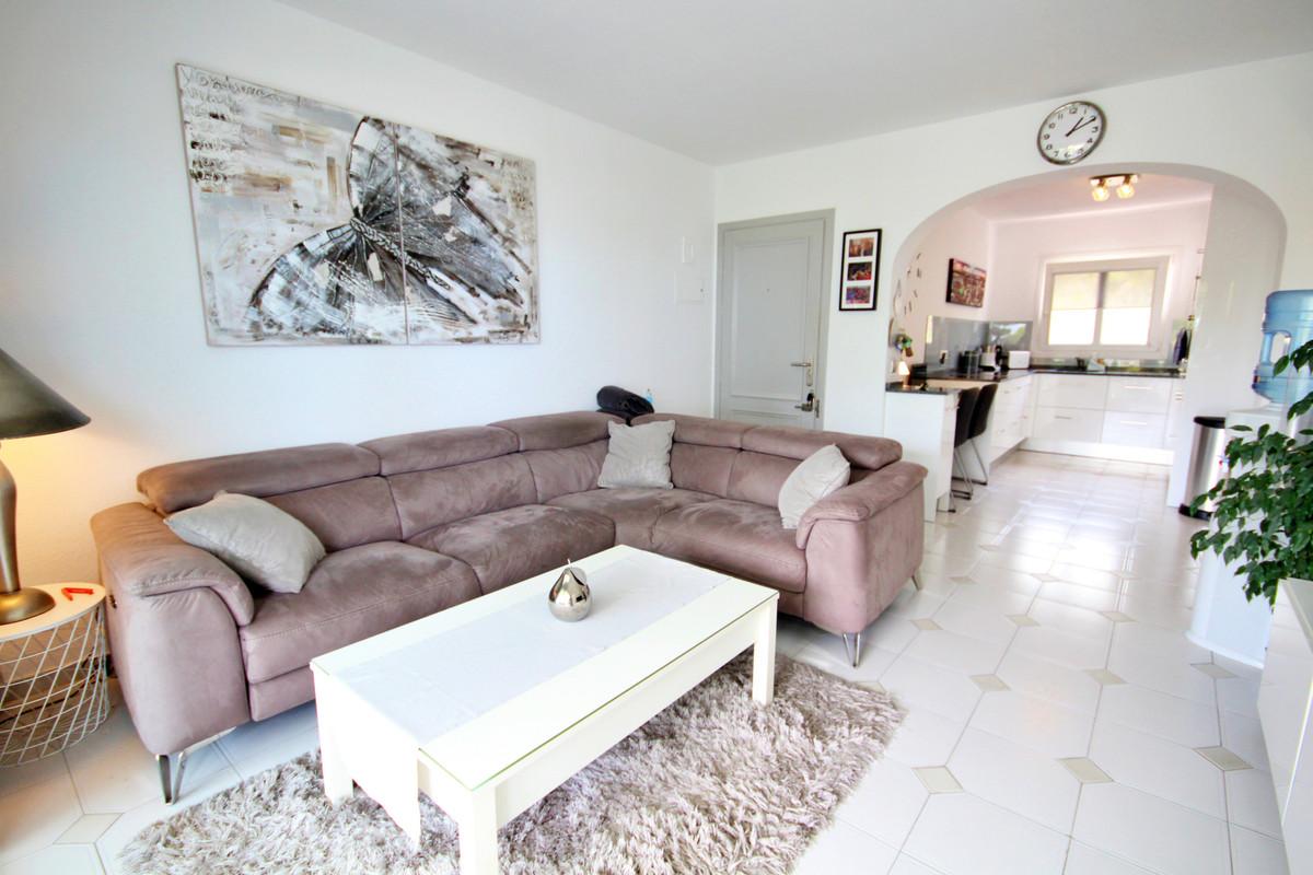 2 bedroom apartment for sale miraflores