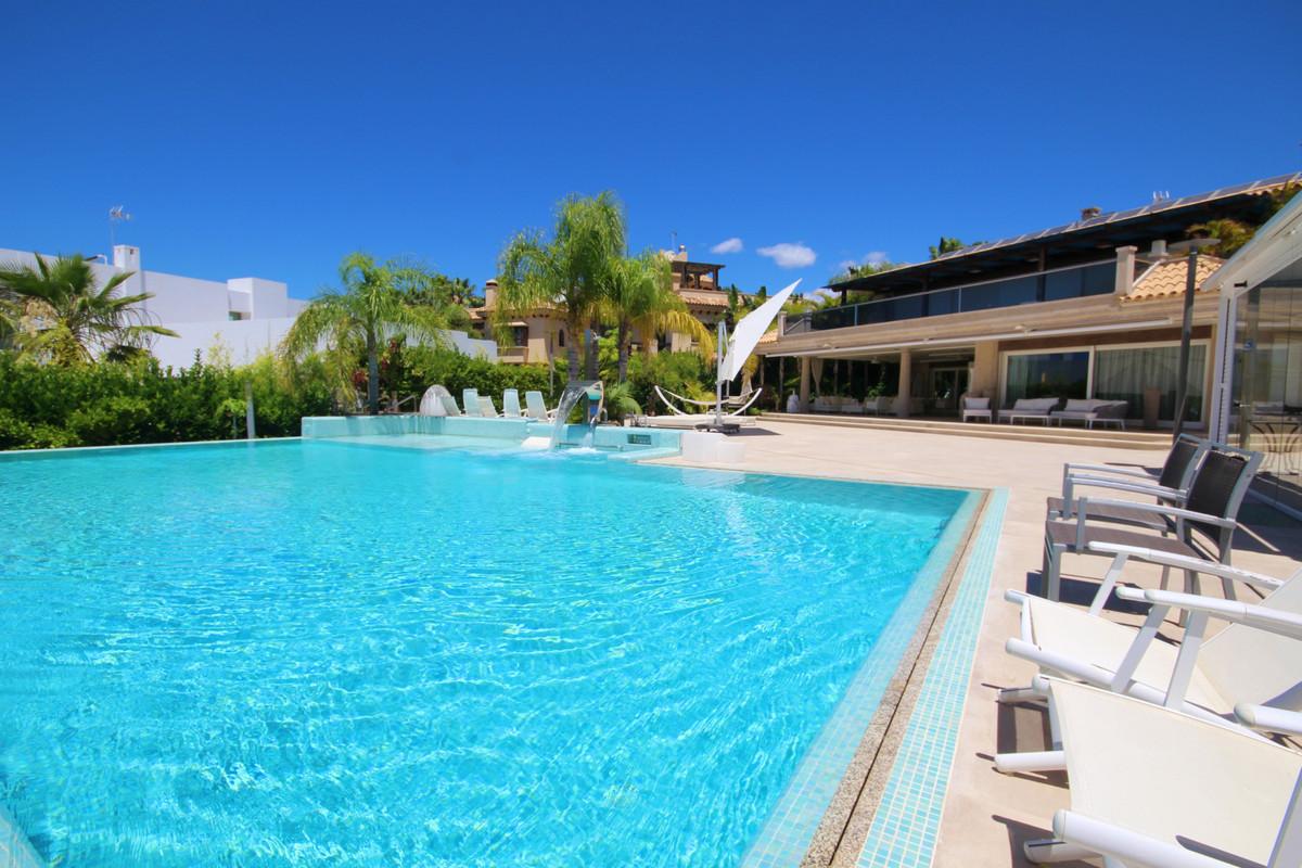 Hus in Bahía de Marbella R3651836 1