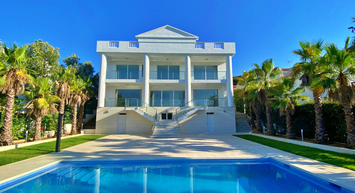 Detached Villa for sale in La Cala Golf R3680153