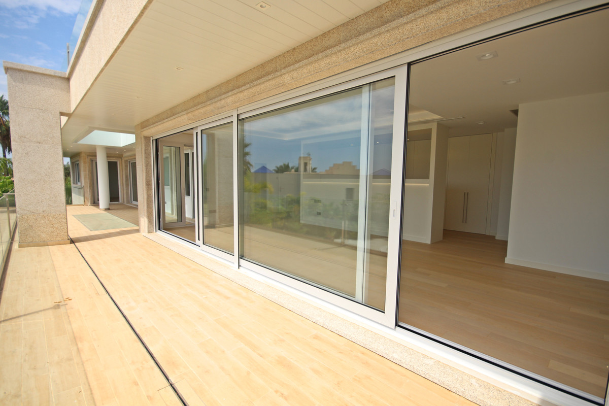 House in Bahía de Marbella R3503641 21