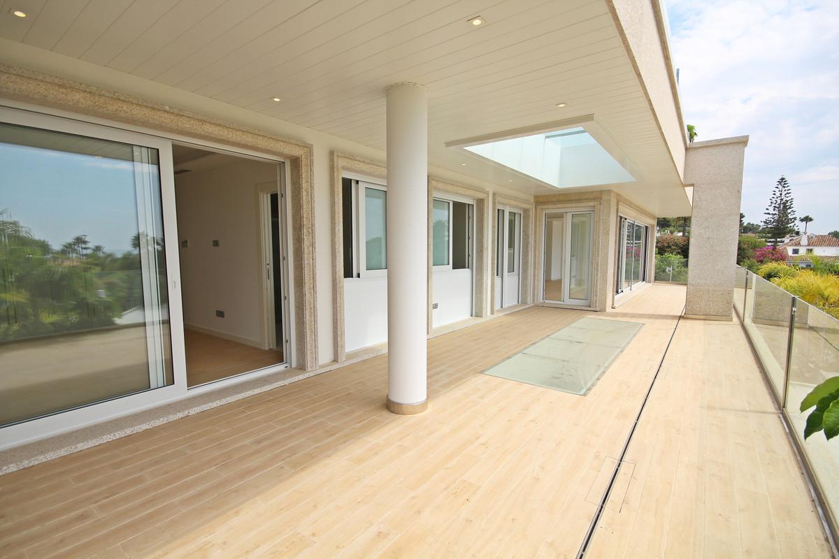 House in Bahía de Marbella R3503641 9