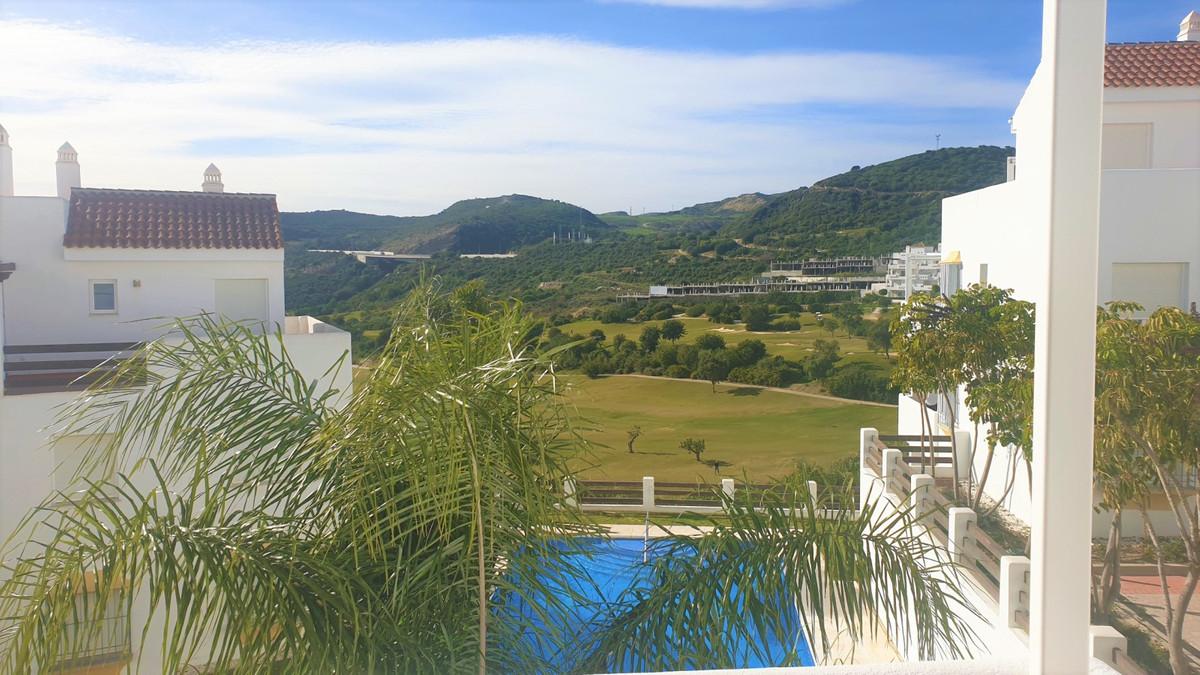 Middle Floor Apartment, Estepona, Costa del Sol. 2 Bedrooms, 2 Bathrooms, Built 87 m2, Terrace 12 m2,Spain