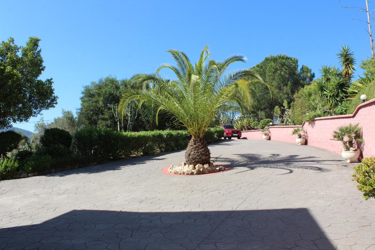 House en Alhaurín el Grande R3432127 37