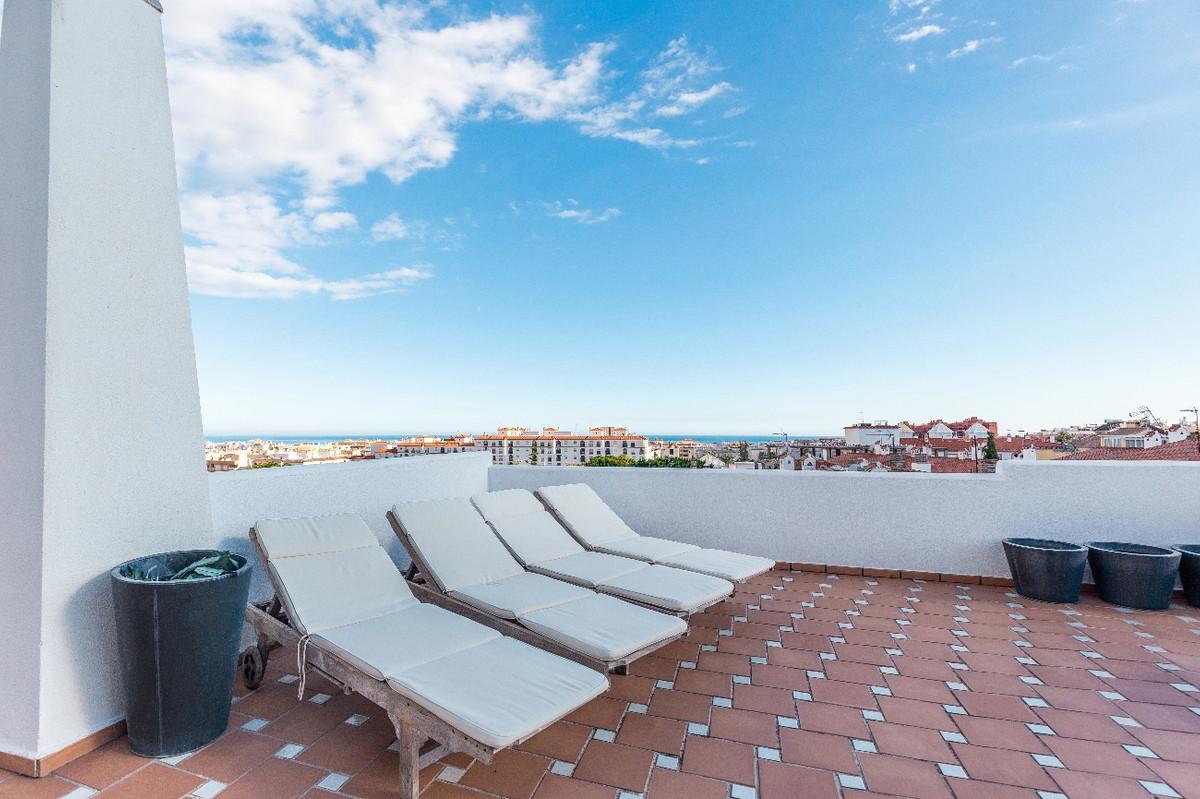 Penthouse in Estepona R3291100