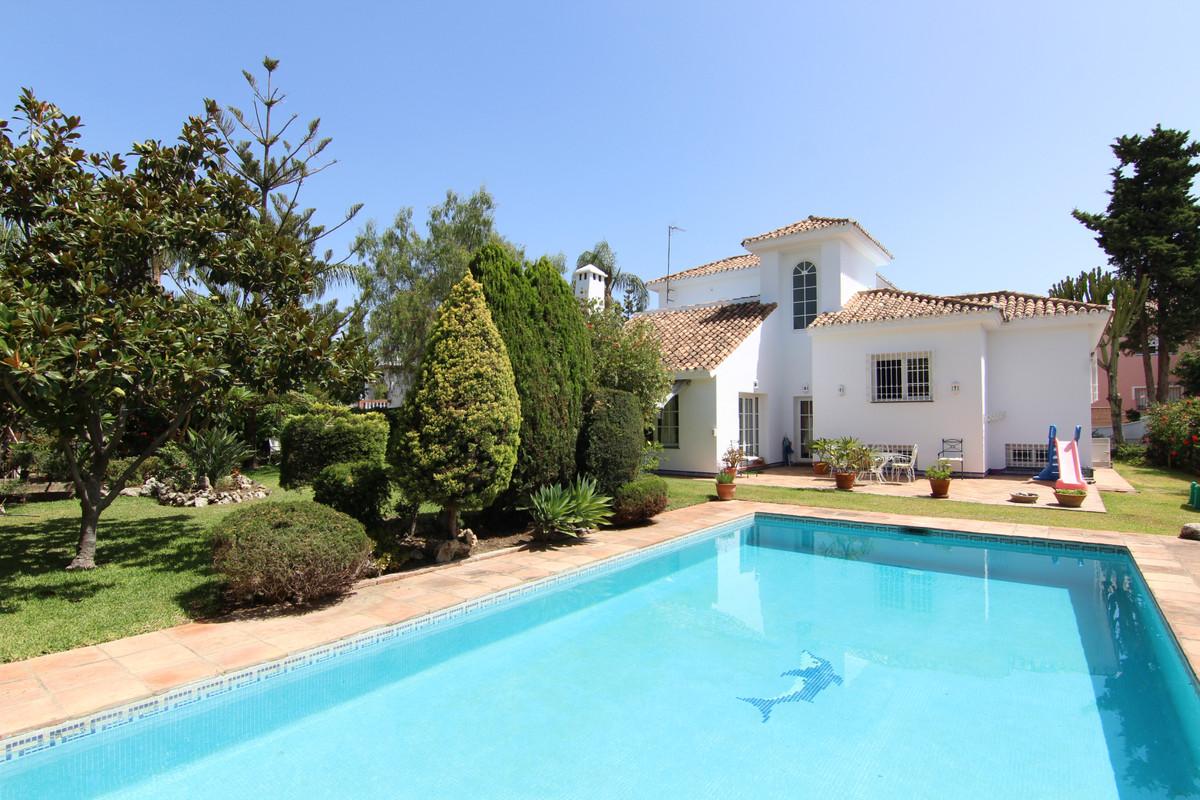 Villa en Guadalmina Alta