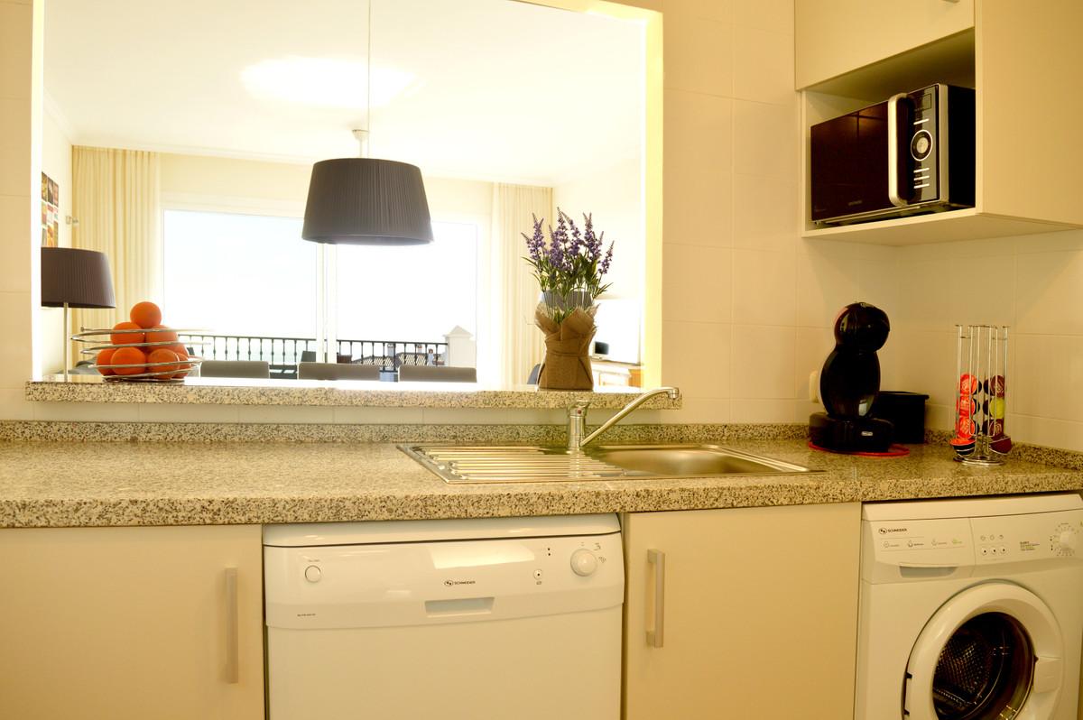 Apartment Middle Floor Calahonda Málaga Costa del Sol R3583750 7