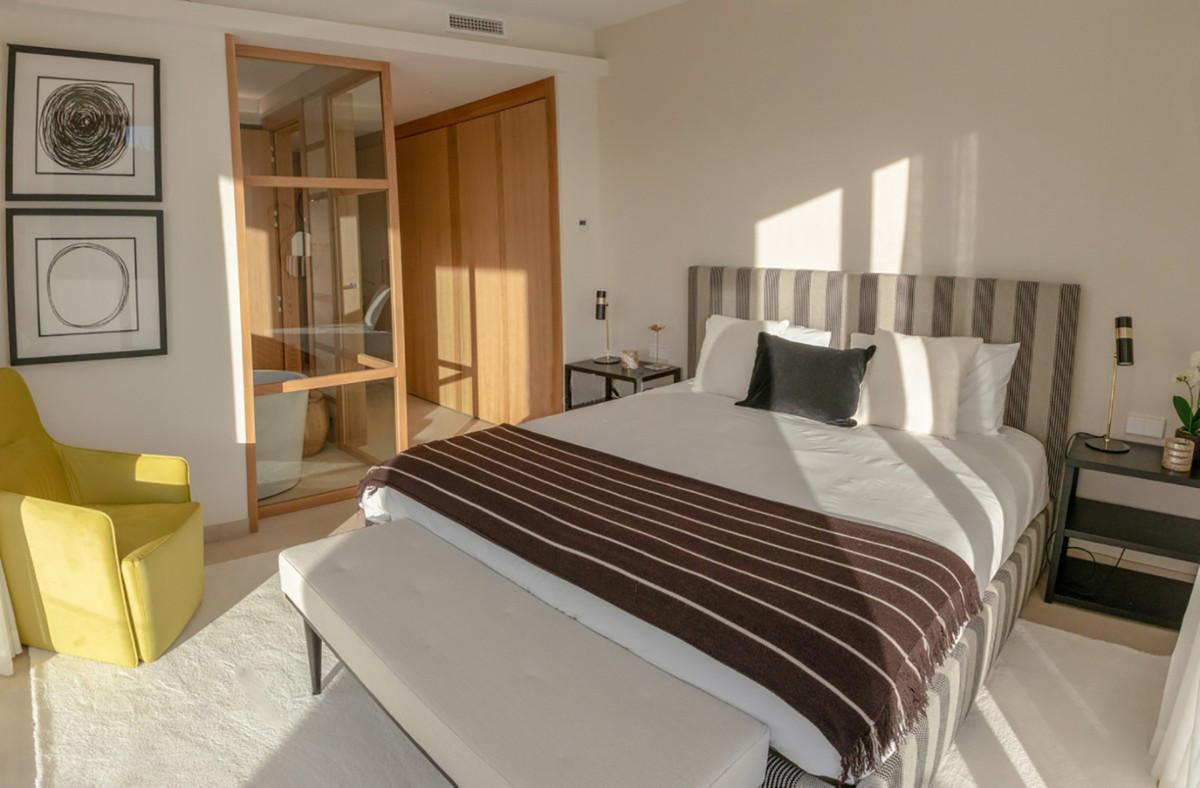 Apartment Ground Floor Benahavís Málaga Costa del Sol R3664250 4