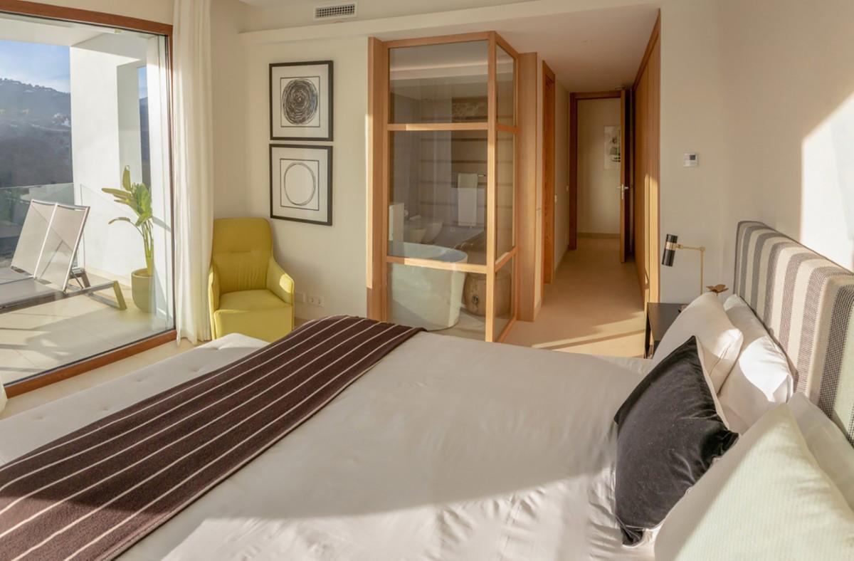 Apartment Ground Floor Benahavís Málaga Costa del Sol R3664250 5