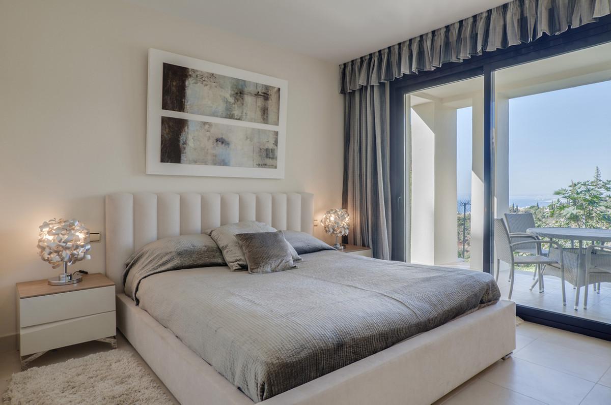 Marbella, Altos de los Monteros stylish and elegant apartment of 130 m² offers a tasteful layout, ge,Spain