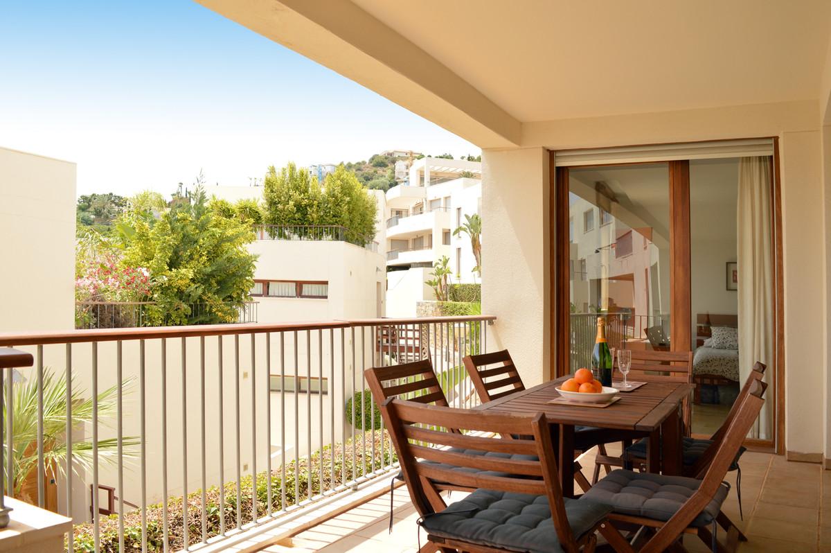 Apartment in Altos de los Monteros