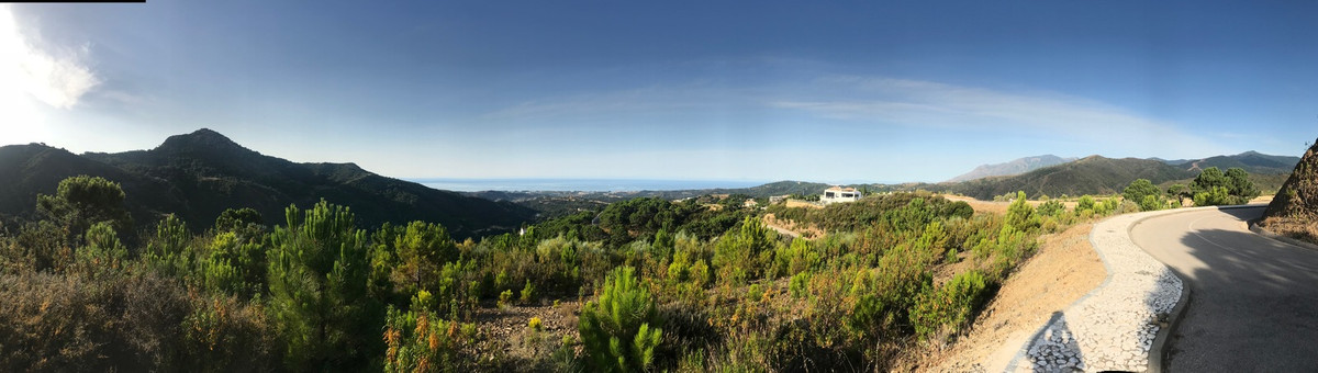 Buiding Southwest facing villa plots within a residential and tranquil Monte Mayor Urbanisation with,Spain