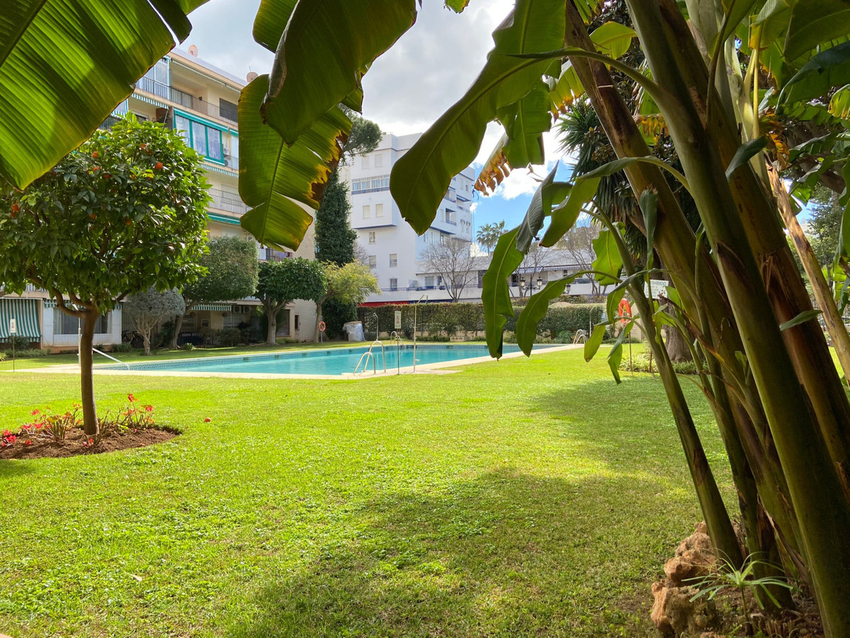 Studio, Penthouse  for sale    in Marbella