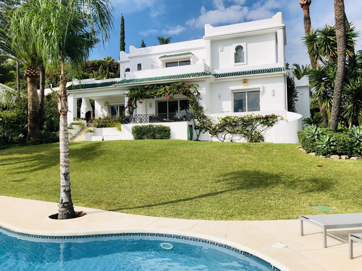 Villa  Individuelle en location  à Benahavís