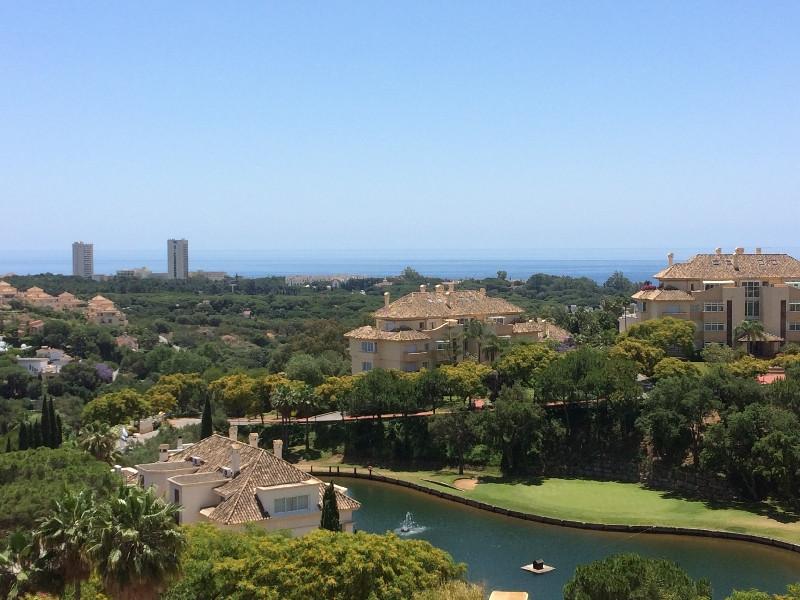Immaculate 3 bedrooms, 3 bathrooms penthouse located in the award winning urbanisation of Elviria Hi,Spain