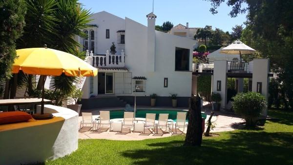 Detached Villa for sale in El Rosario R2642018
