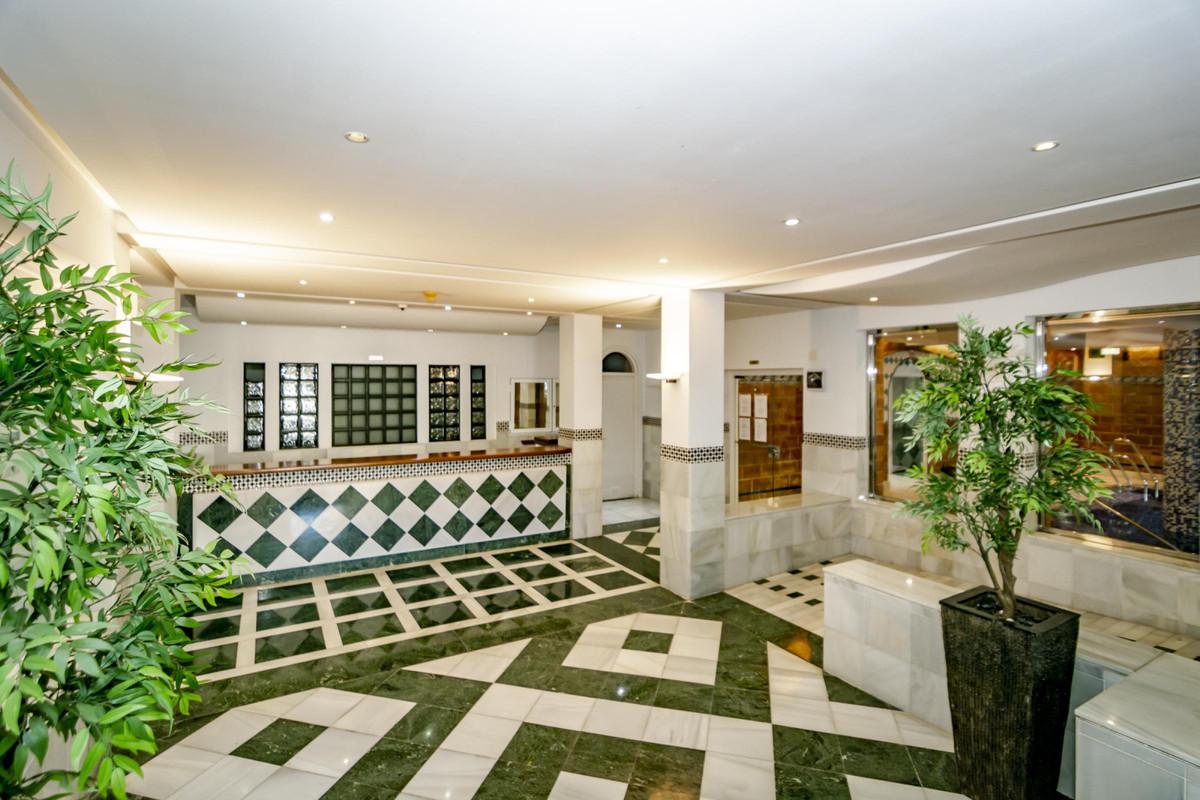 Apartment Ground Floor in The Golden Mile, Costa del Sol