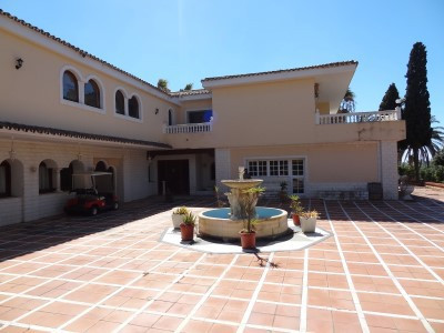 House in Atalaya R2768564 8
